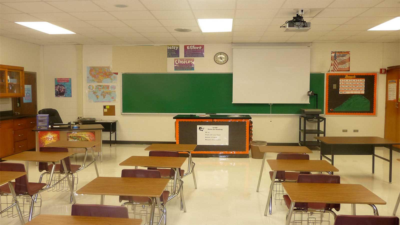 محیط مدرسه و تاثیر آن بر دانش آموز